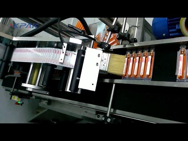 Etichettatrice automatica per provette di sangue