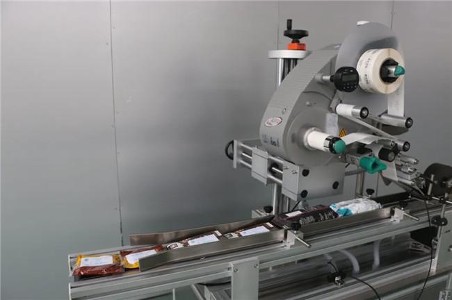 Etichettatrice automatica della superficie superiore della tazza di cartone della scatola dell'autoadesivo di Doypack